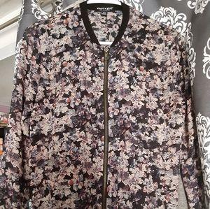Slim- fit flower jackets
